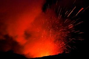 The awesome Yasur volcano calderas.